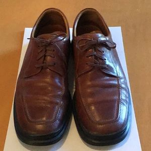 Cole Haan Nike Air Brown Lace Ups, Size 10.5.
